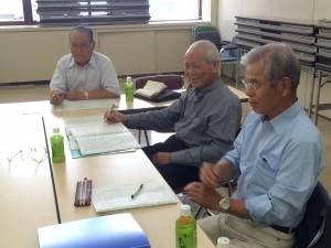中央の方は広報部会長です