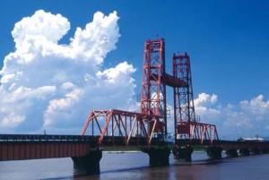 大変珍しい橋です
