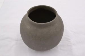 シンプルで美しい陶芸作品