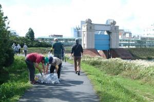 田島地区は河港水門近くで